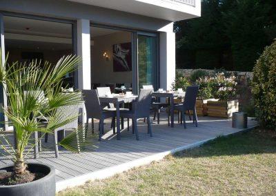 Petit-déjeuner-en-terrasse-400x284