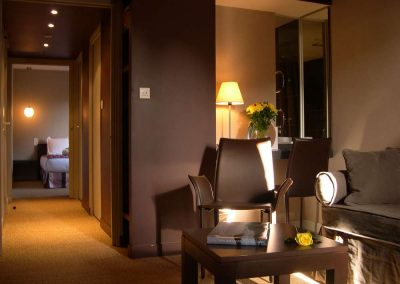 Suite-400x284